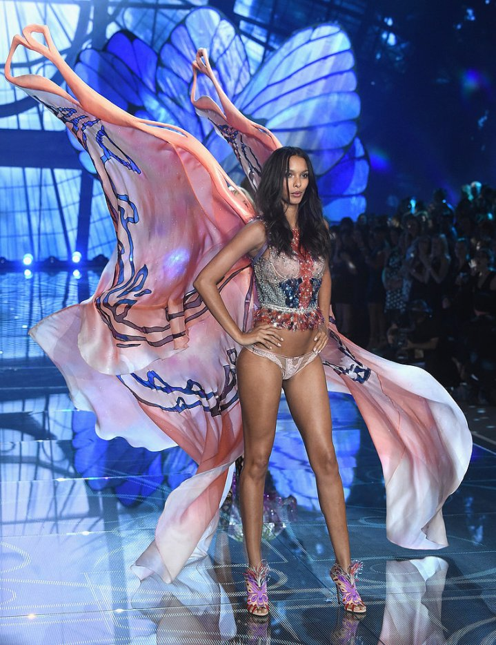 Pictured-Lais-Ribeiro