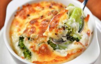Cheesy-Broccoli-Bake_0.jpg